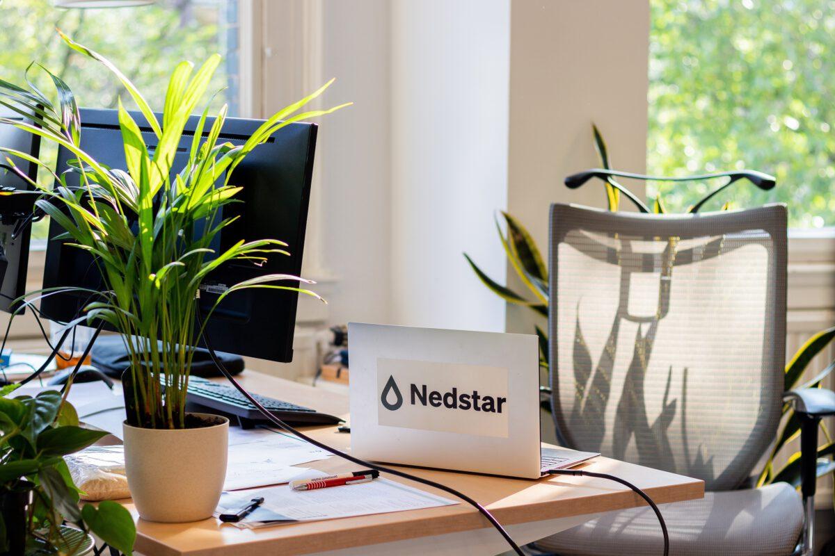 Plant desk
